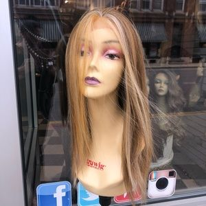 Accessories - Blonde Wig Swisslace lacefront Freepart silky long